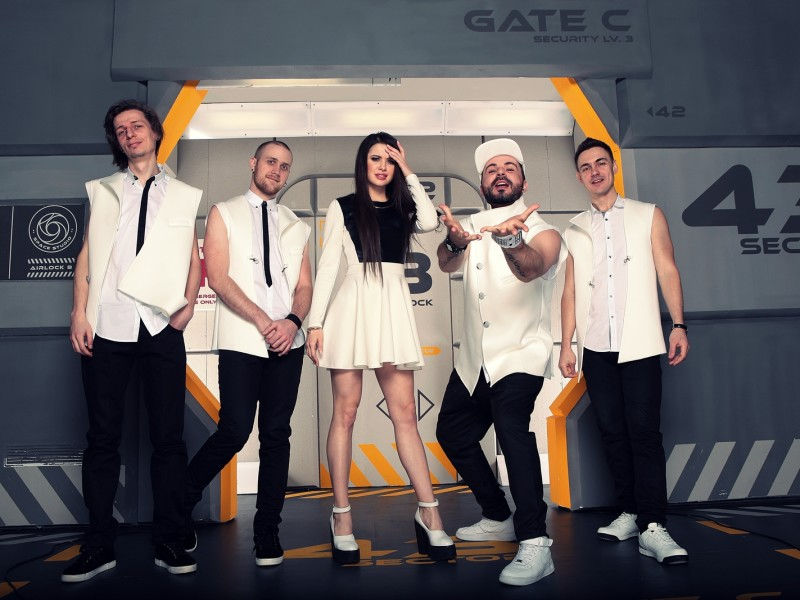 FLIRT cover band 4